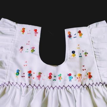 Vestido T4 Branco Bordado Infantil