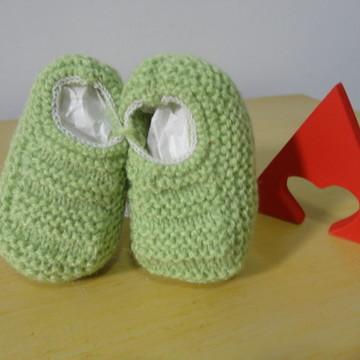 Sapatinho de Bebê de Tricô Verde - 0 a 3 meses