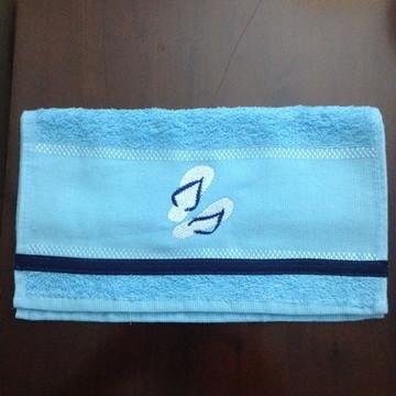 toalhas lavabinho bordada