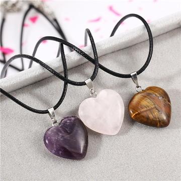 Colar Pedra Natural Coração - Encanto