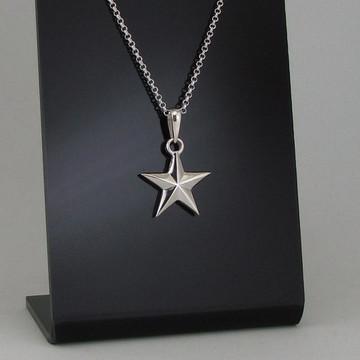 Gargantilha de prata, estrela maciça