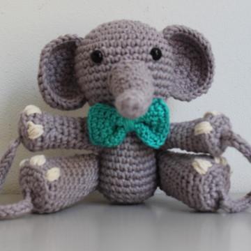 Elefante de crochê amigurumi - trava porta