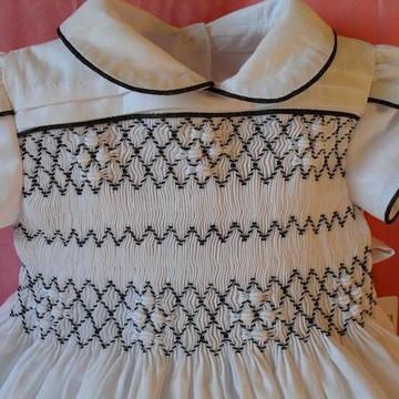 Lindo vestido para bebê