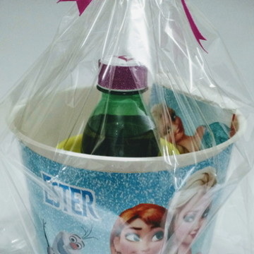 Kit Cinema Frozen com caneca