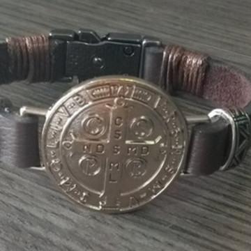 Pulseira Medalha de São Bento - Detalhes Laterais