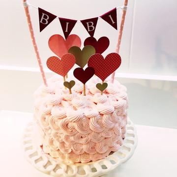 topper de bolo corações com bandeirola