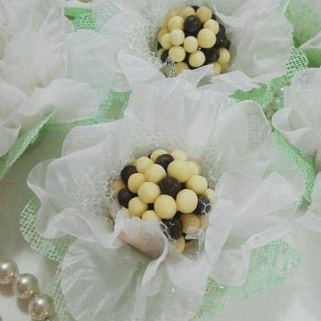 Forminha para doces de tecido Camélia