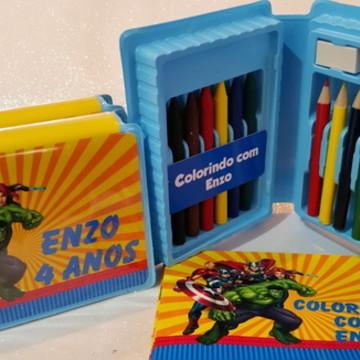 Estojo de colorir + livrinho colorir Super Herois
