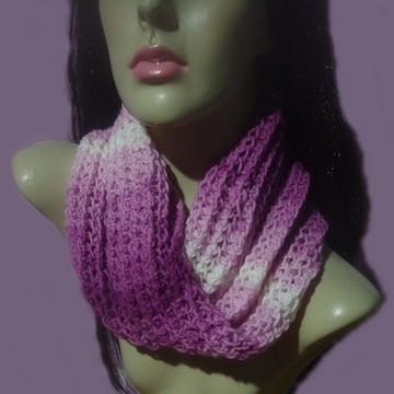 Gola em tricô feito à mão