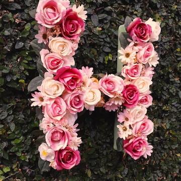 Letra Gigante decorada em Flores-48cm