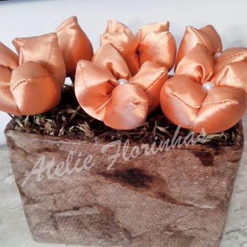 Peso de porta com tulipas em cetim