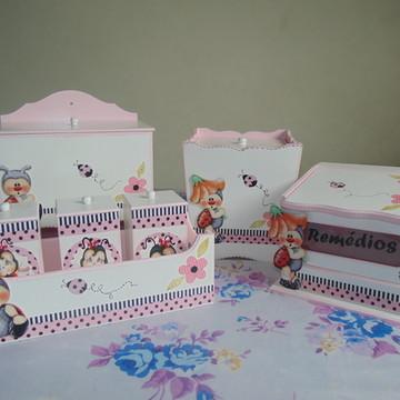Kit higiene do bebê 7 peças( Joaninha)