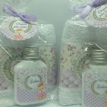 Lembrancinha de Maternidade c/toalha personalizada