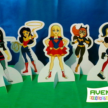 Display de Mesa Dc Super Hero Girls em papel fotográfico