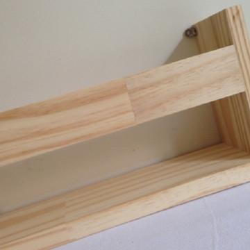 Prateleira para livros em madeira pinus com 60 cm