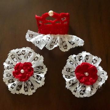 kit para pet com 1 coroinha e 2 florzinhas