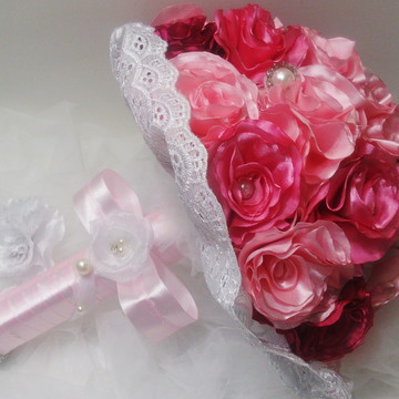 Buque de Noiva Tons de Rosa+Brinde Cravo de Lapela-Tendência