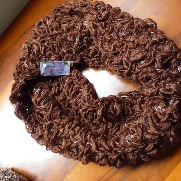 Gola em lã para sobrepor