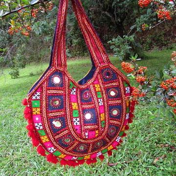 Bolsa Patchwork Bordada Tecido Vintage Banjara EtnoBoho Chic