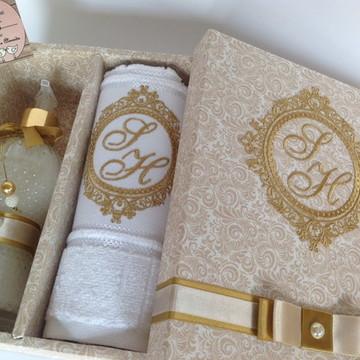 Lembrancinha de casamento para padrinhos caixa kit lavabo