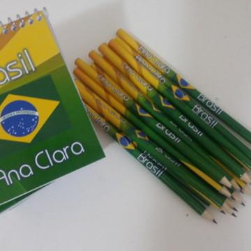 Kit bloquinho + lápis Brasil