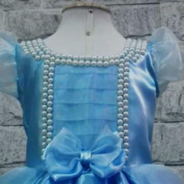 71a64d315 Fantasia Cinderela Empregada