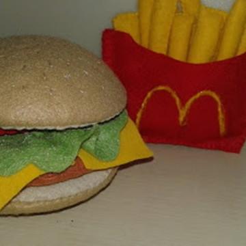 kit hamburguer e batata frita