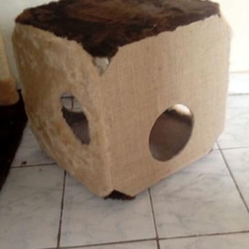 Caixa Box Brinquedo para Gatos