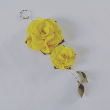 Chaveiro de Flor de Feltro – Amarelo