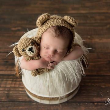 Mini urso e touca marrom - ensaio para ensaio newborn