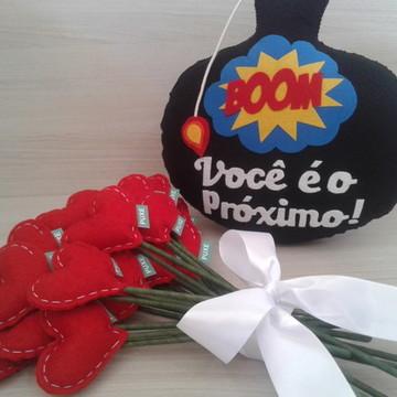 Kit Hora do Buquê ll Buquê c/20 Corações + Bomba do Noivo