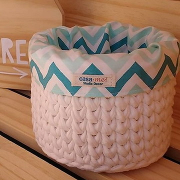 Cesto de crochê com tecido - estampas