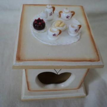 Caixa para chá-miniaturas em biscuit