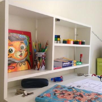Escrivaninha de parede dobrável com lousa