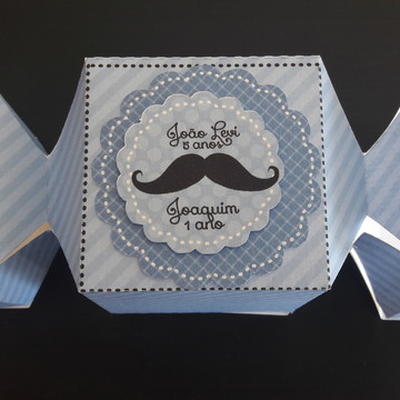 Caixa bala bigodinho moustache