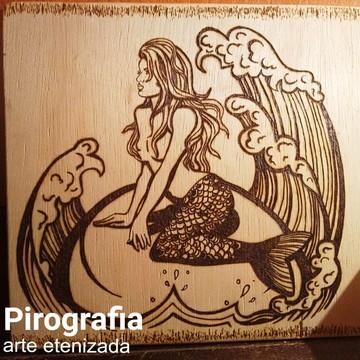 Quadro pirografado, Sereia, decorativo
