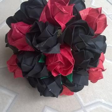 Buquê de rosas em origami