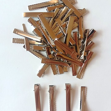 Bico de Pato Jacaré Cor Níquel 4,5 cm Pct. com 100 Unidades