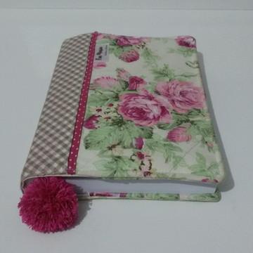 Capa para Livro em tecido com bolso interno de zíper