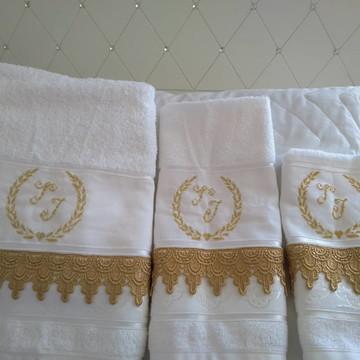Jogo de toalhas c guipure