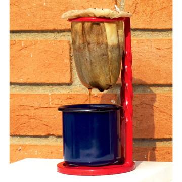 Coador de café pequeno em ferro forjado mariquinha