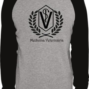 Camiseta Raglan Manga Longa Medicina Veterinaria Curso
