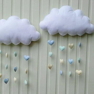 Kit Nuvens grandes com chuva de corações