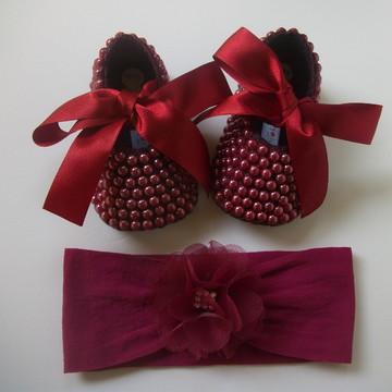 Sapatilha bebe com pérola e laço +Faixa meia de seda c/ flor
