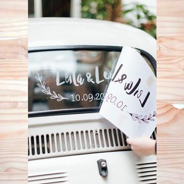Adesivo personalizado para o carro dos Noivos