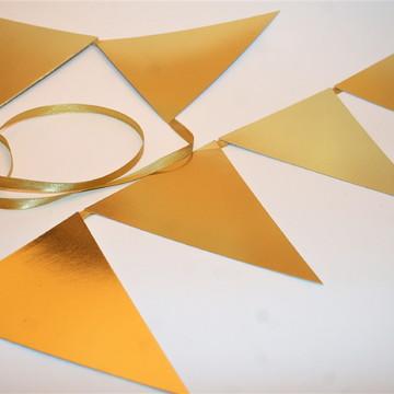Varal de bandeirinhas em papel Laminado Dourado