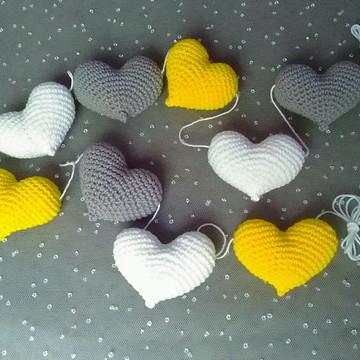 Varal de corações amigurumi-crochê
