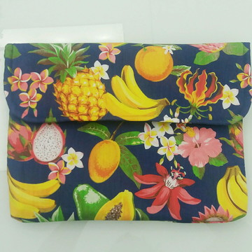 Capa para notebook tropical