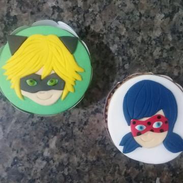 Cupcakes - Ladybug