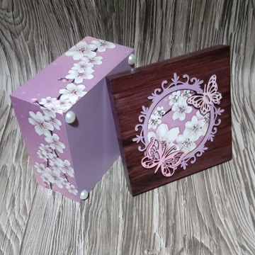 Caixa MDF Decorada - Flor Cerejeira com Borboletas